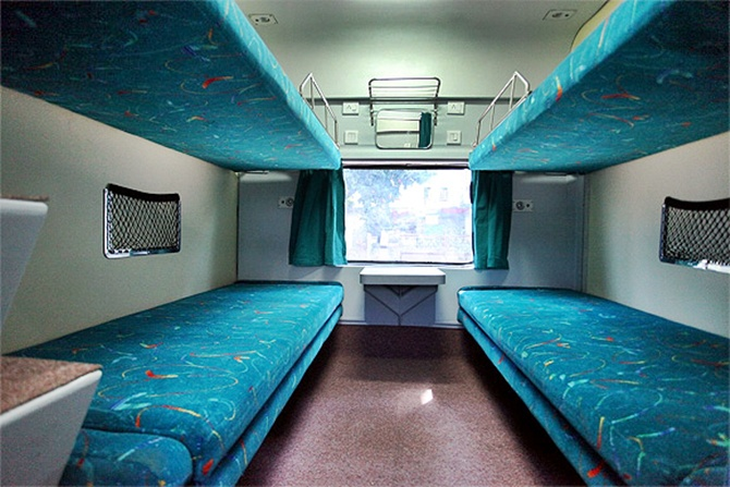 Cleanliness drive: Disposable bed linen in Rajdhani Express!