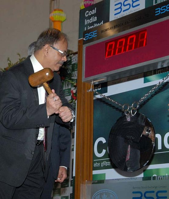 Partha S. Bhattacharyya, Chairman, CIL ring the opening bell at BSE.