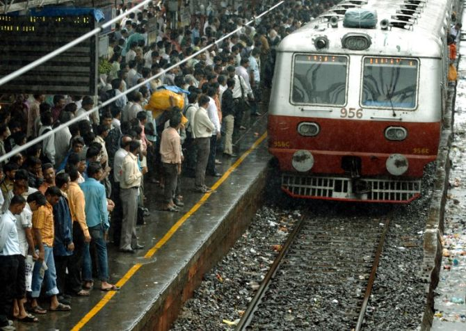 Rail Budget: Mumbai gets 860 coaches with swanky interiors