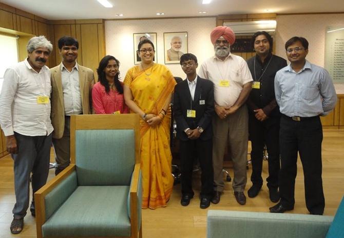 Innovators with HRD minister Smriti Irani.