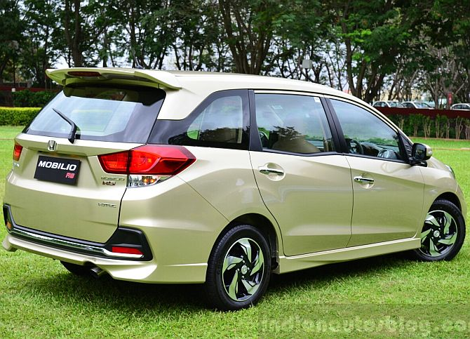 Honda Launches Mobilio Price Starts At Rs 6 49 Lakh Rediff Com