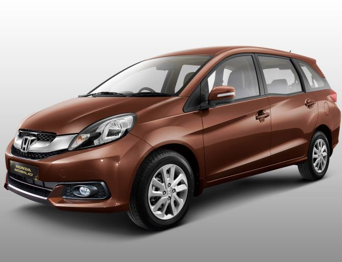 5 reasons why Honda Mobilio is better than Maruti Ertiga
