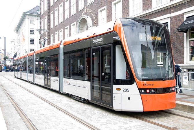Variotram 205 at Byparken Terminal of the Bergen Light Rail.