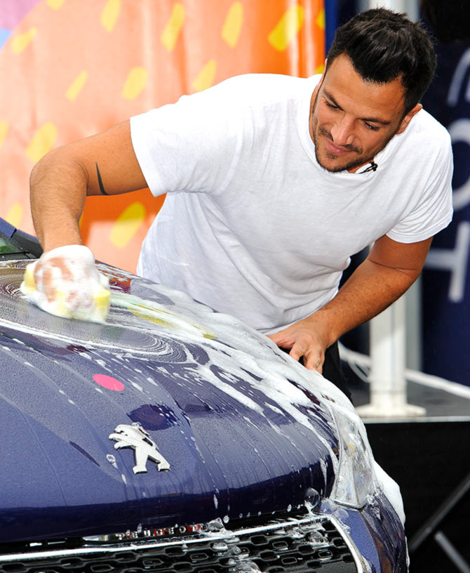 Peter Andre launches the UK's largest carwash.