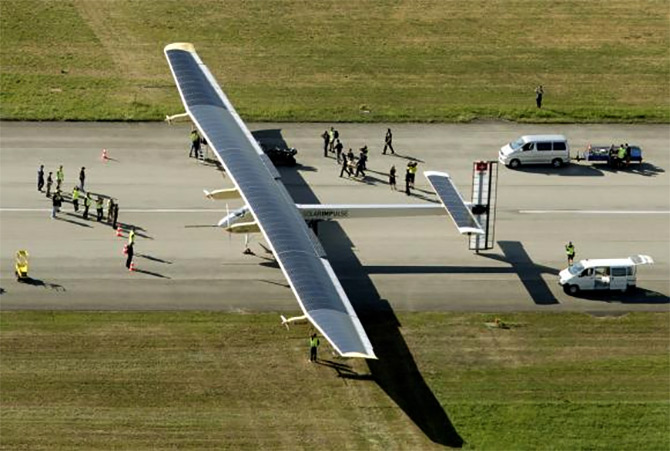 A solar powered-plane that will go around the world!