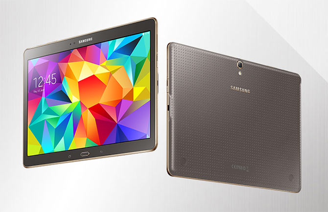 The tablets will use Samsung's organic light emitting diode or OLED display and have an 8-megapixel rear camera.