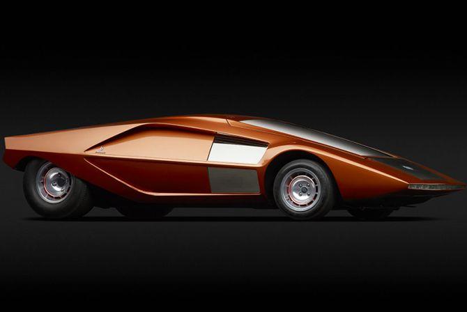 Lancia (Bertone) Stratos HF Zero.