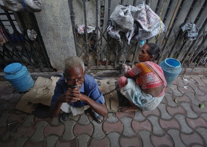 India's poor may shrink 75% by new World Bank formula