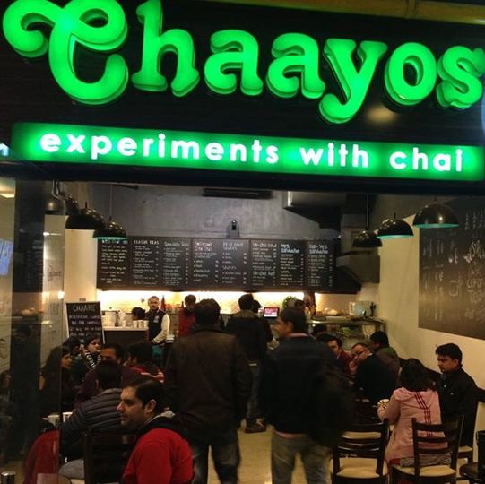 2 IITians quit plush jobs to open 'Chaayos'