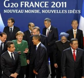 G20 leaders take part in a family photo during the G20 Summit of major world economies in Cannes November 3, 2011
