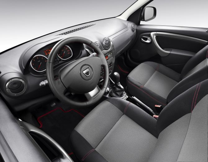 Renault Duster interior.
