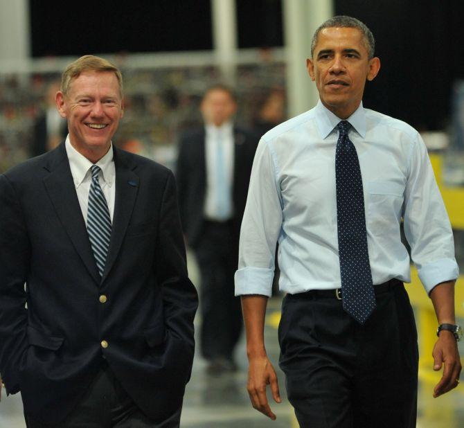 President Obama tours the all new Ford Motor Company Kansas City Stamping Plant with Alan Mulally, Ford CEO.