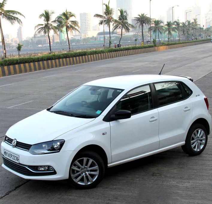volkswagen polo gt tsi the best petrol hatchback in india. Black Bedroom Furniture Sets. Home Design Ideas