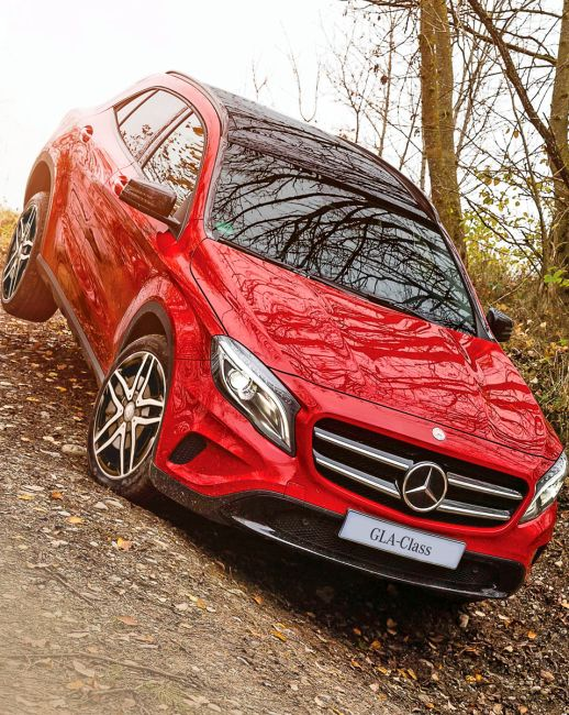 Mercedes-Benz GLA: You can't find a BETTER looking SUV