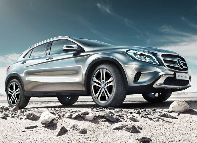 Mercedes benz gla you can 39 t find a better looking suv for Mercedes benz boxy suv