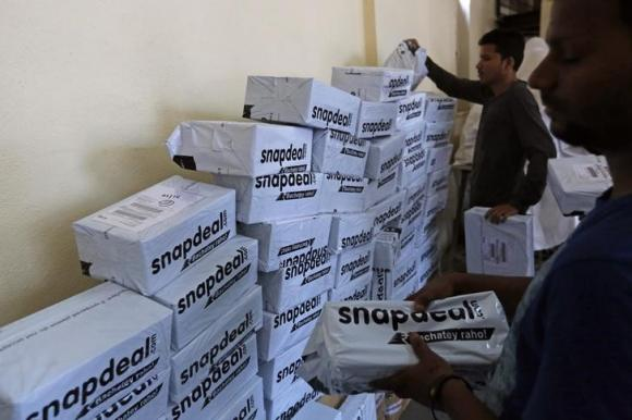 210bd4c8128 Note ban forces online retailers to restrict COD orders - Rediff.com ...