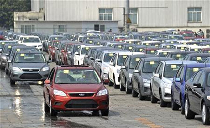 Must roll out GST this Budget: Automakers