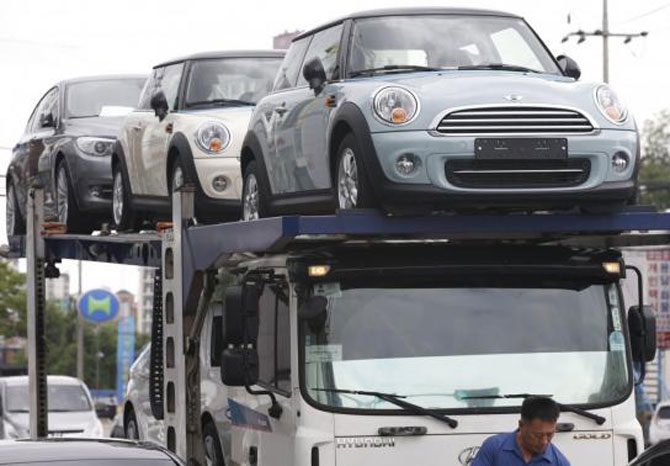 Auto industry body wants excise duty reduction in Budget