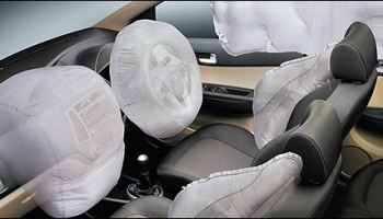 Car makers offer airbags as standard before govt order