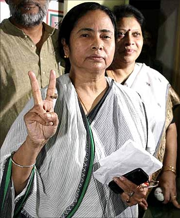 India News - Latest World & Political News - Current News Headlines in India - Will the Narada sting operation dent Mamata's popularity?