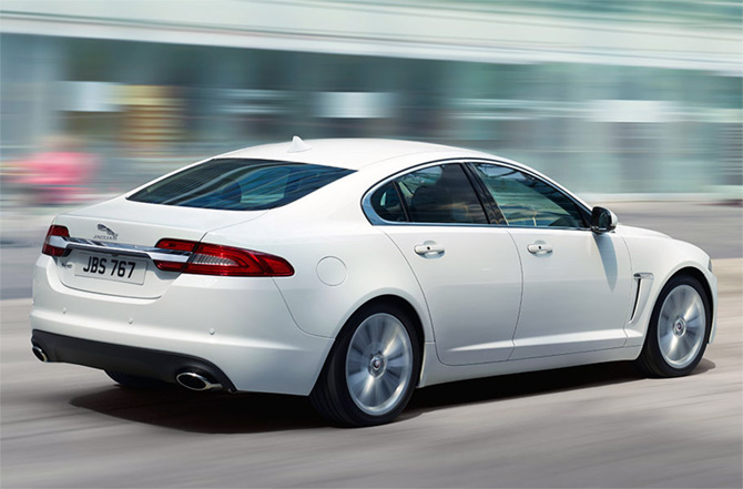 JLR launches new variant of XF saloon @ Rs 52 lakh