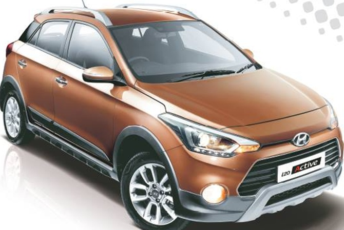 Hyundai launches i20 Active at Rs 8.89 lakh