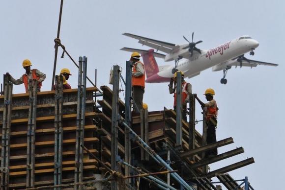 HC asks DGCA not to de-register SpiceJet planes till April 6