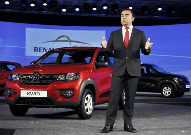 After stumble, can Carlos Ghosn regain his stride?