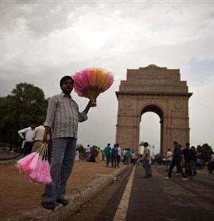 Jaitley rebuts Manmohan, says economy not fragile