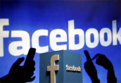 Facebook allows users to put videos as profile picture