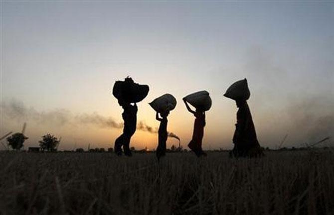 low per capita income in india