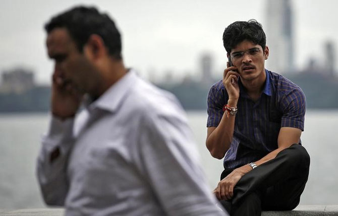 RCom plans to promote app-to-app calling