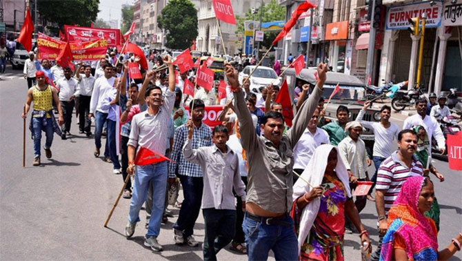 problems of trade unions in india Trade union doesn't deal with domestic violence, but if a trade union leader is a woman, then you can understand women's problems, she said, adding that it helped that she was aware of both women's issues and labour laws.