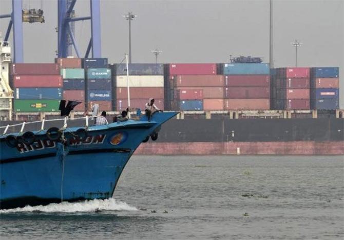 Adani to help Modi fulfill India's port dreams