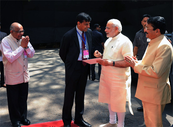 Dr Y V Reddy, left, and then RBI governor Dr Raghuram Rajan greet Prime Minister Narendra Modi at the RBI in Mumbai. On the right is Maharashtra Governor Ch Vidyasagar Rao. Photograph: Press Information Bureau