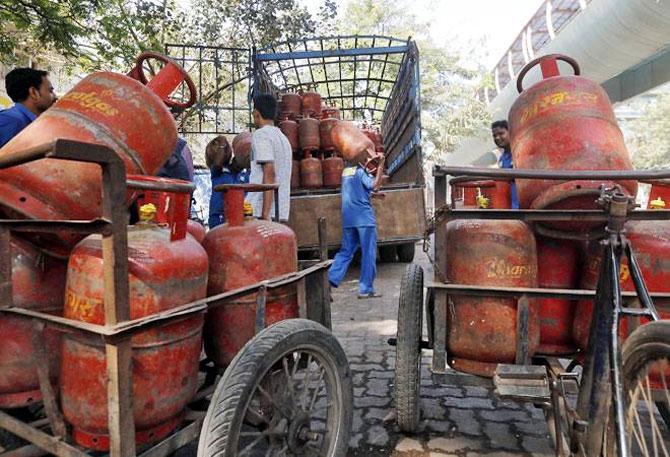 After petrol  &  diesel hike, non-subsidised LPG, kerosene, ATF prices increased too