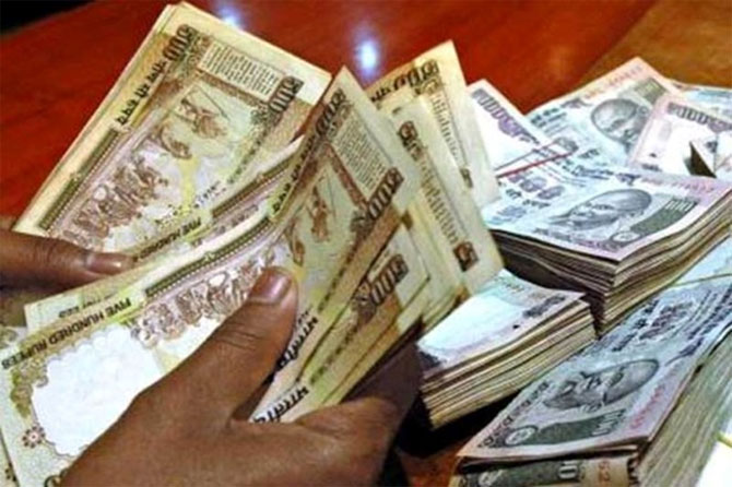 India Inc generous with dividends in tough times