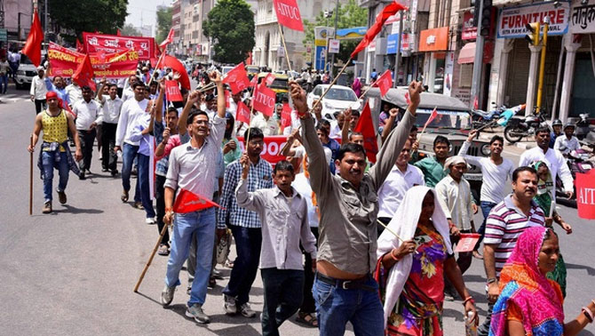 Under fire from labour unions, Centre puts reforms on the back burner