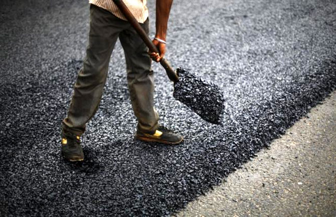 'India sees road building as route to prosperity'