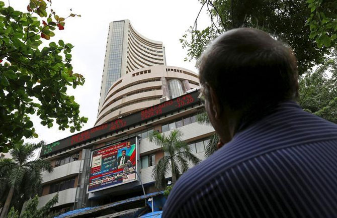 Sensex ends below 28,000 led by financials; ICICI Bank dips 2%