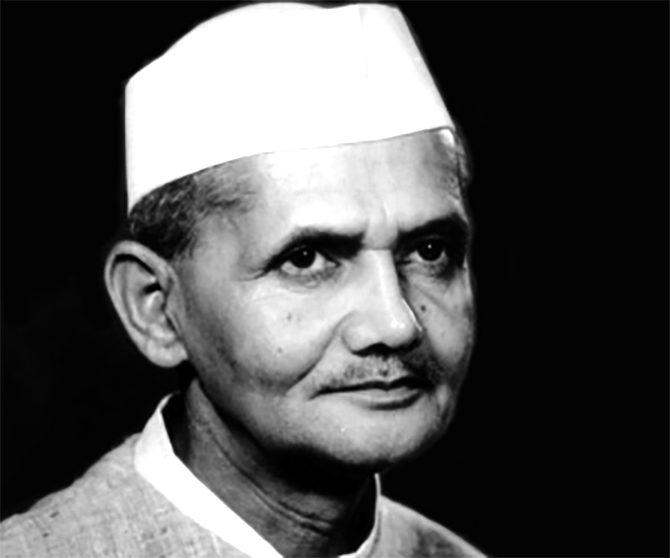 lal bahadur shastri Name: lal bahadur lal bahadur belongs to the' kayastha caste' with a surname 'srivastava', indicating his caste being a true follower of mahatma gandhi, he was against the caste system, lal bahadur had dropped his family surname-srivatsava from his name known as: lal bahadur shastri – shastri meaning scholar, was the title.