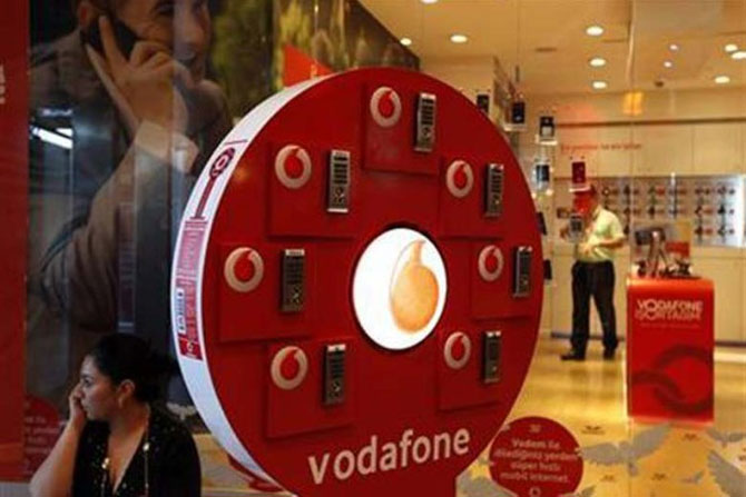 Vodafone offers free incoming on national roaming from Diwali