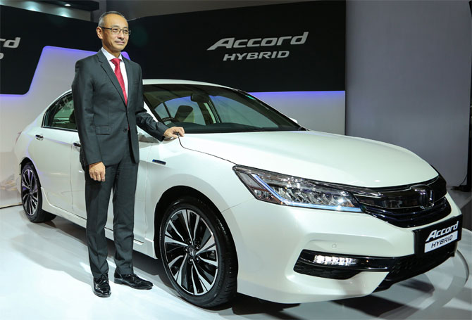 The Rs 37-lakh Honda Accord hybrid now in India