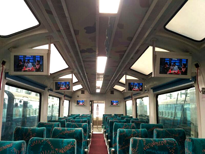 Screens inside visdtadome trains