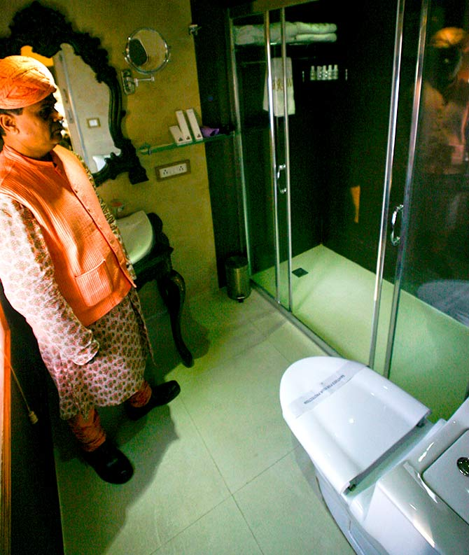 A view of toilet on luxury train, Royal Rajasthan on Wheels is seen on the outskirts of Jaisalmer. Photo: Vijay Mathur/Reuters