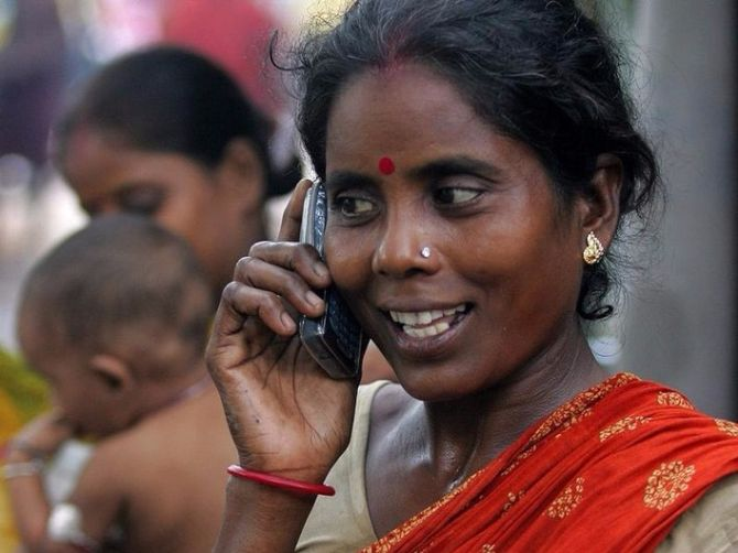 Call drops: Trai slaps penalty of up to Rs 10 lakh