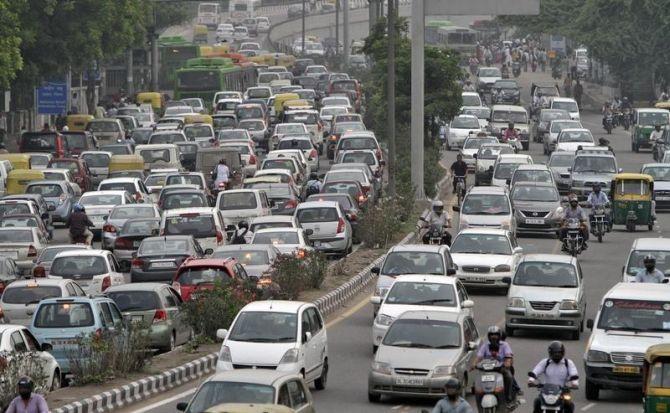 Decongesting big cities tops Gadkari's priority list