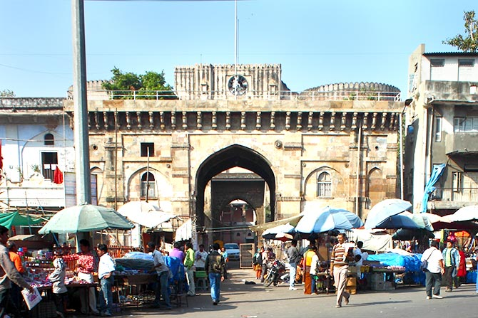 The front view of Bhadra Fort, Ahmedabad, one of the gates of the walled city. Photograph: Kind Courtesy Aviral Mediratta/Wikimedia Commons