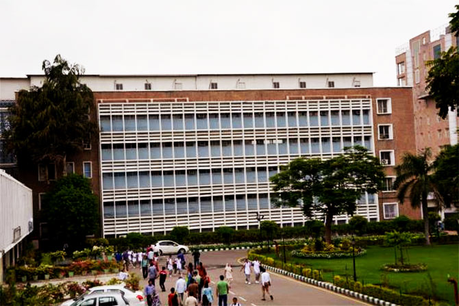 Delhi&#039s AIIMS programs to go eco-friendly, with a tiny help from Hitachi