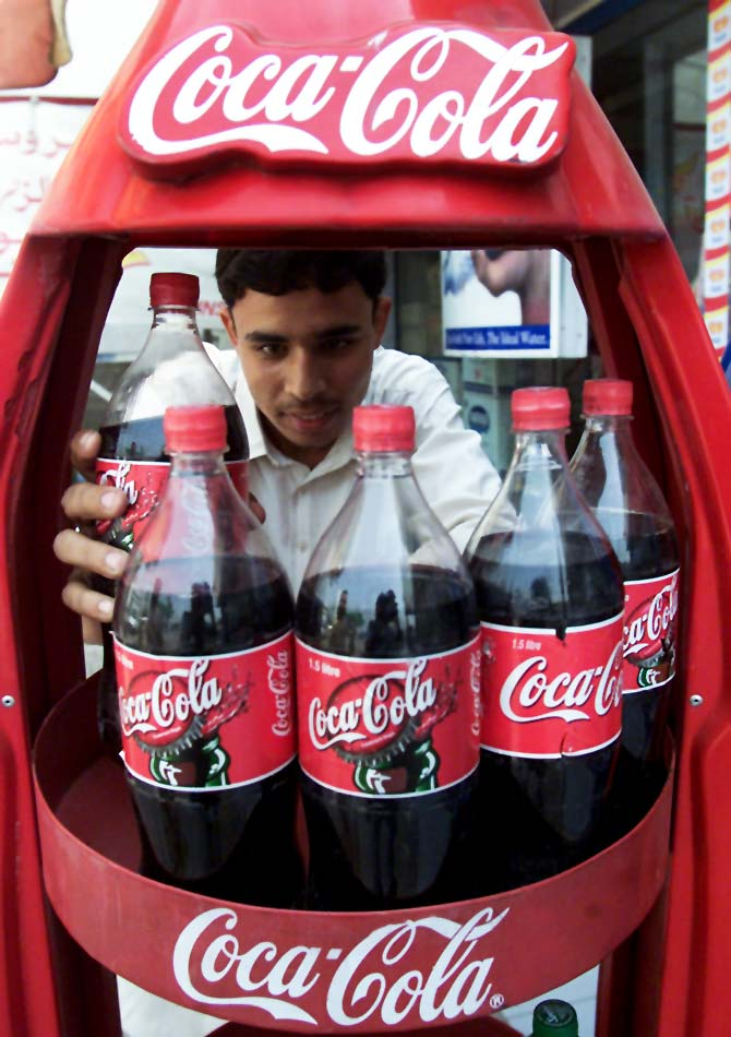 A man buys Coca-Cola at a shop in Peshawar. Picture representational. Photo: Zainal Abd Halim/Reuters